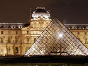 louvre11 300x224 Louvre Müzesi   FRANSA Paris