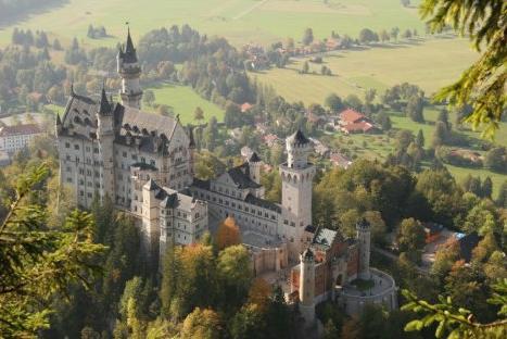 neuschwanstein-castle-germany-pictures[1]