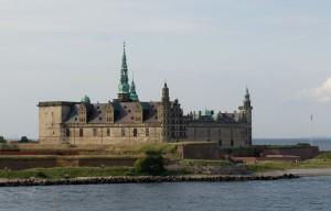 Helsingoer_Kronborg_Castle[1]