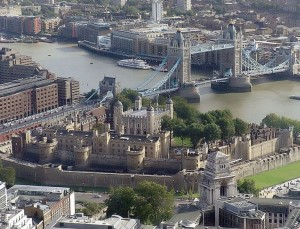Tower_of_london[1]