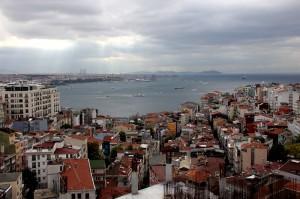 IMG 50771 300x199 İstanbul'un Hayalet Binaları