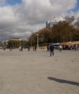 IMG 5078 253x300 İstanbul'un Hayalet Binaları