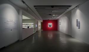 sergi 1 20142210023238441 300x177 20. Yüzyılın En Önemli Sanatçılarından Marcel Broodthaersın Sergisi Akbank Sanatta!